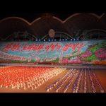 【朝鲜世界2】12集:朝鲜10万人的表演,背景墙就有5万人,场面震撼 / 旅行纪录片我去看世界